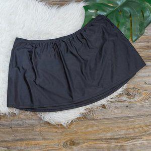 Catalina black swim skirt